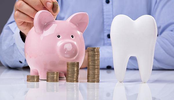 Де взяти гроші на лікування зубів?