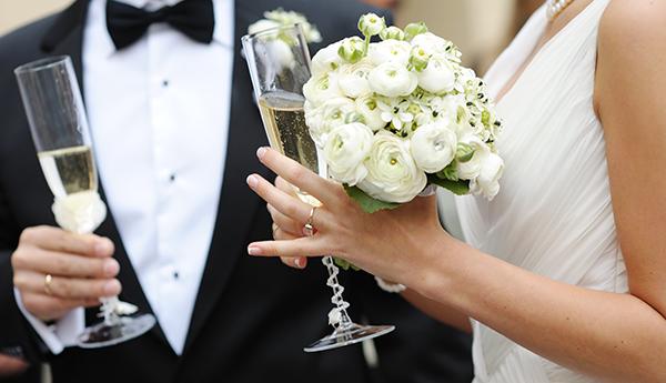 Де взяти кредит на весілля?