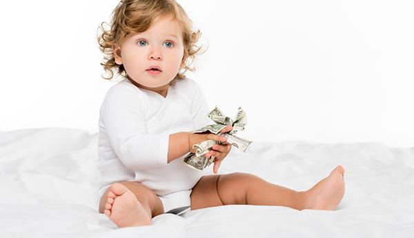 Скільки грошей необхідно на народження дитини?