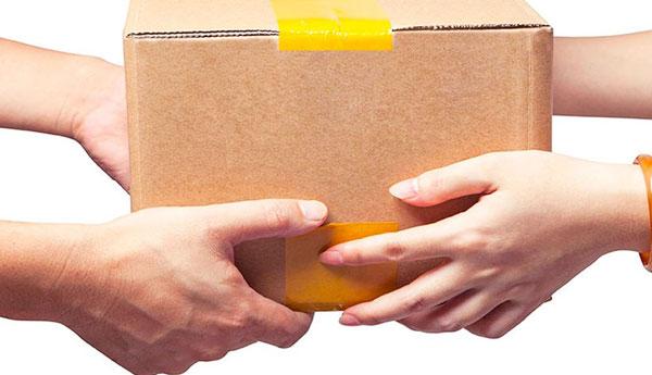 Особливості оплати посилок: що таке накладений платіж?