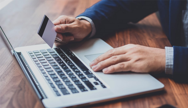Какие преимущества в пользовании карты от Альфа-банка?